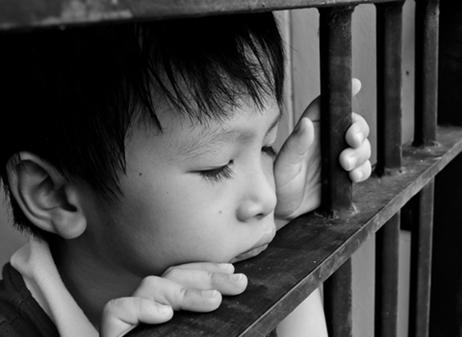 children and violence Child maltreatment is a serious problem that can have lasting harmful effects on victims the goal for child maltreatment prevention is simple—to stop child abuse and neglect from happening in the first place.